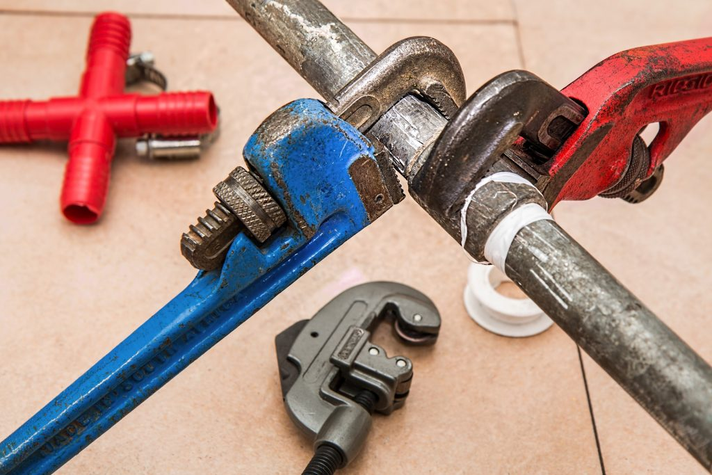 Avoid Plumbing Disaster With These Simple Tricks